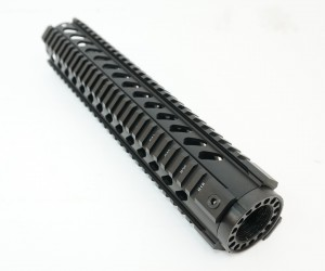 """Цевье M4/AR15/M16, наклонные отверстия, длина 12"""" / 305 мм (BH-MR36)"""