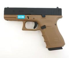 Страйкбольный пистолет WE Glock-19 Gen.4 Tan, сменные накладки (WE-G003B-TAN)