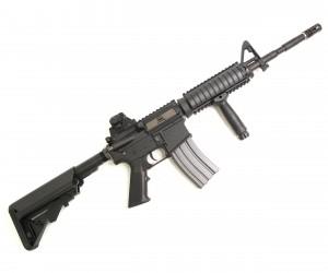 Страйкбольный автомат VFC Colt M4 RIS STD
