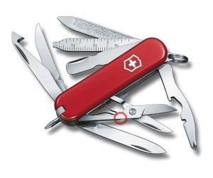 Нож-брелок Victorinox MiniChamp 0.6385 (58 мм, красный)